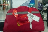 Hành khách đi VietJet Air bức xúc vì hành lý bị ướt sũng, nồng nặc mùi mắm