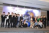 Noo Phước Thịnh tự tin nói tiếng Anh tại Hong Kong