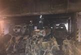Hình ảnh hàng trăm ô tô, xe máy biến dạng trong hầm chung cư cháy