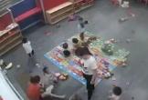 Nghệ An: Xôn xao clip nữ giáo viên mầm non đánh liên tiếp, giật người trẻ ngã vật xuống nền nhà