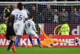 Bỏ lỡ cơ hội khó tin, Morata hứng chịu chỉ trích dữ dội