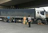 Bị cuốn vào gầm xe tải, người phụ nữ thiệt mạng