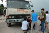 Dân phơi lúa trên quốc lộ bị xe cán tử vong: Chính quyền ở đâu?