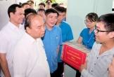 Thủ tướng gặp gỡ, đối thoại với 800 công nhân đồng bằng sông Hồng