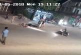Văng ra từ xe máy, bé gái bị xe container cán chết thảm
