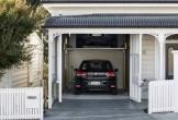 Ngôi nhà có garage nhìn tinh mới thấy