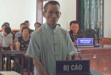 Hà Tĩnh: Bảo vệ trường học dụ kẹo để dâm ô bé gái trong nhà vệ sinh
