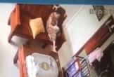 Mẹ sốc khi phát hiện con 3 tháng tuổi bị giúp việc giật lắc điên đảo