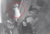 Xem bóng đá quên khóa cửa trong, trộm đột nhập cuỗm liền 3 xe máy