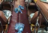 Hãi hùng sàn xe giường nằm như bãi rác, khách xuống vứt 'hậu quả' ở lại nhân viên gánh chịu