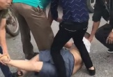 Khống chế gã trai mang dao quắm đến gây gổ tại cổng bệnh viện