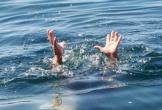 Bé trai hơn 20 tháng tuổi tử vong dưới mương nước