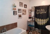 Người phụ nữ sửa lại nhà tắm khiến nhiều người hoảng sợ