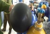Thu giữ gần 500 kg khí bóng cười tại 2 quán trà sữa