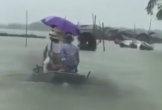 Cô dâu chú rể đội mưa, vượt lũ tổ chức đám cưới sau bão số 3 ở Hà Tĩnh