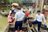 Đường thành sông, đám cưới ngày ngập lụt đi rước dâu bằng... thuyền