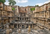 Ngôi đền xây kiểu ngược đời ở Ấn Độ