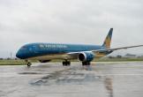 Nhiều hãng hàng không hủy chuyến, lùi giờ bay trước bão số 4