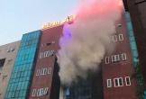 Bệnh viện Bưu Điện bốc cháy nghi ngút