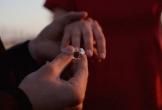 Chùn bước trước cánh cửa hôn nhân vì vết sẹo tự tử trên cổ tay bạn gái