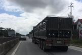Hà Tĩnh: Hai ô tô va chạm, tông bay giải phân cách