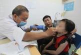 Gắp ốc vít hoen gỉ trong mũi bé trai 3 tuổi ở Hà Tĩnh