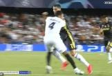"Trọng tài Clatternburg ""kêu oan"" cho C.Ronaldo"