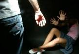 Bắt người cha thú tính hiếp dâm con ruột suốt 4 năm