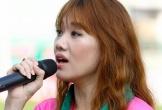 Lộ mức thù lao nhiều nghìn đô của Hari Won đi hát bóng đá