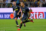 C.Ronaldo sắm vai người hùng, Juventus thắng chật vật