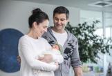 Nữ Thủ tướng New Zealand bế con mới sinh tới họp Liên Hợp Quốc