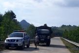 Hà Tĩnh: Xe quá tải vô tư hoạt động ngay tại mỏ đất