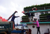 Hàng Tết tấp nập ra đảo Lý Sơn