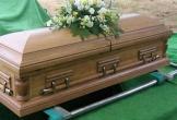 Gia đình tá hỏa khi con trai vừa được chôn cất bỗng trở về nhà