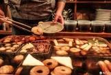 Nhà hàng đun nồi nước dùng từ nửa thế kỷ trước cho khách ăn