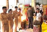 CSGT Công an Hà Tĩnh thăm hỏi tưởng niệm nạn nhân tử vong do TNGT