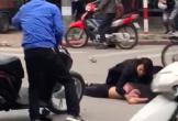 Nữ tài xế Mercedes hoảng hốt chạy đến ôm thi thể nạn nhân sau vụ tai nạn