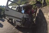 Nghệ An: Xe chở cán bộ trung tâm dạy nghề đâm vào vách núi, 2 người tử vong, 6 người bị thương nặng