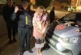 Người đẹp 9X bị tóm ngay trên taxi vì cầm ma tuý đá