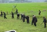 Phát hiện nhiều vũ khí nóng tại hiện trường vụ ôm súng cố thủ trên xe chở ma túy