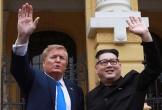 Bộ đôi Trump - Kim 'giả' xuất hiện bất ngờ tại Hà Nội