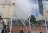 Cháy khách sạn 8 tầng ở Nghệ An, một người chết