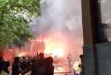 Cháy lớn tại khách sạn Avatar ở thành phố Vinh