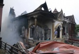 Hiện trường vụ cháy lớn gần trung tâm thương mại Tây Sơn