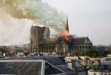 Video: Nhà thờ Đức Bà Paris bốc cháy thế nào?