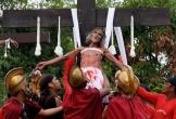Nghi thức đóng đinh cực đoan của người mộ đạo Philippines