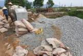 Hà Tĩnh: Dự án đường dân sinh vùng bãi ngang bị 'rút ruột' khi đang thi công