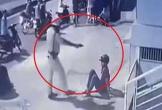 CSGT đá, chĩa súng vào 2 'quái xế': Hoan hô hành động mạnh tay, cứng rắn