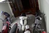 Thanh niên táo tợn phá cửa vào nhà dân trộm xe đạp điện