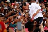Tổng thống Indonesia Joko Widodo tái đắc cử trong cuộc đua gay cấn